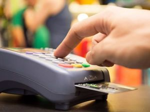 Govt Considering Regulator For Electronic Payments