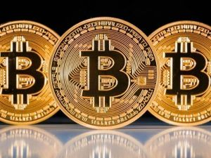 Bitcoin Recovers After Slipping Below $40K