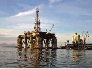 Crude Oil Falls On Gloomy Us Job Data Jobless Claims
