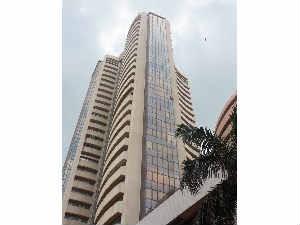 Sensex Nifty Ends Red Bpcl Jp Associates Hdfc Bank Lose