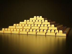 International Gold Trades Above 1600 Cyprus Worries