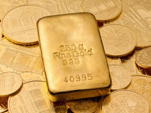 Gold Drops As Dollar Gains On Us Fed Interest Rate Hike Concerns