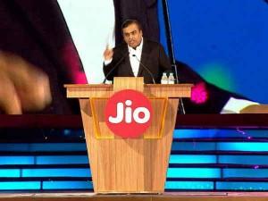 Reliance Jio Becomes India S Biggest Telecom Operator As Vodafone Idea User Base Dips