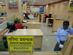 Banks Remain Closed Three Days Expect Huge Rush On Tuesday
