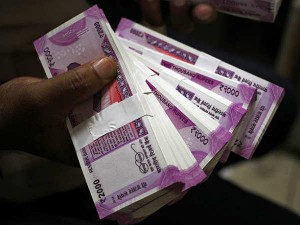 Govt Not Discontinue Rs 2000 Note Test Rs 10 Plastic Note