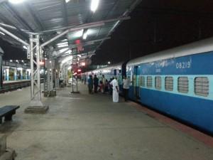Free Meals Water Railway Passengers On Sundays Case Train De