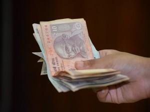 Economic Survey Calls For A Simpler And More Inclusive Minim