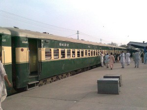 Amid India Pakistan Tensions Thar Link Express Connecting To Karchi Suspended
