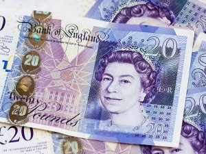 Pound Sterling At 2 Year Low As Uk Economy Shrinks