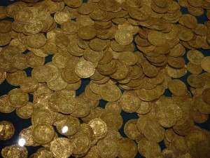 Pointers To Note When Buying Gold Coin