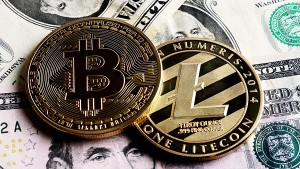 Bitcoin Up 10 Ethereum 20 Check Latest Popular Cryptocurreny Prices In India