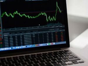 Sbi Gail Stocks Brokers Say Buy For Long Term Gains