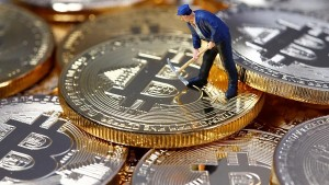 Top Cryptocurrency Prices Bitcoin Ethereum Solana In Positive Trend